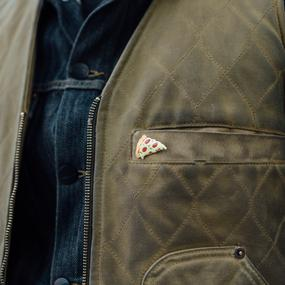 man-wearning-pizza-enamel-pin_x285