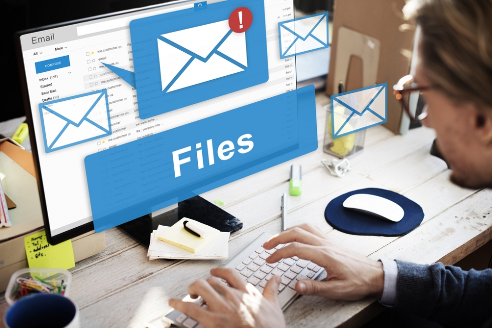 Уведомления о файлах и электронной почте на экране